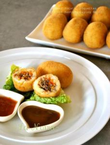 kroket kentang daging by Poppy William