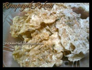 Rempeyek Rebon by Rita Diana Fahry