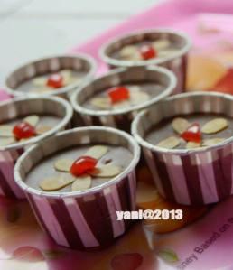 Puding Roti Coklat Almond Yani